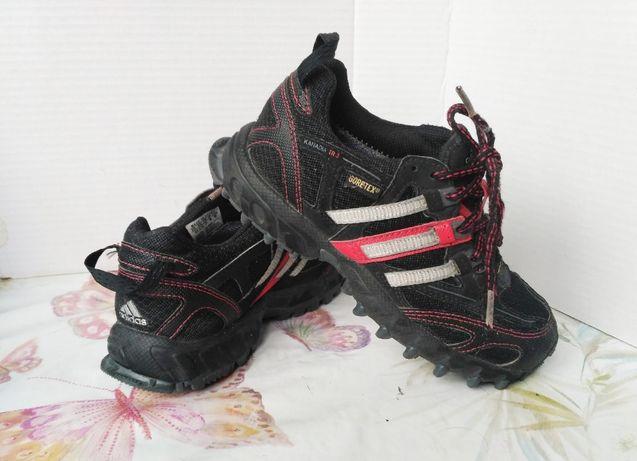 фирменные кроссовки Adidas Goretex UK 12,5 K, US 13 K, EU 31. 20 см