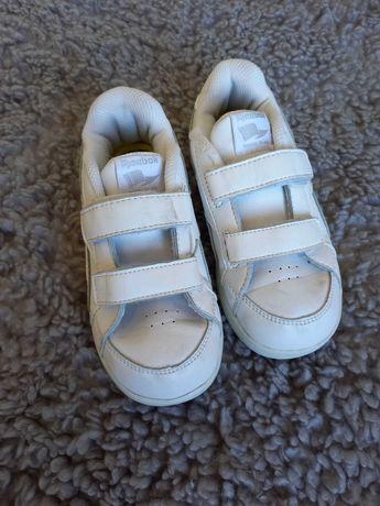 Белые кожанные кроссовки Reebok 26,5