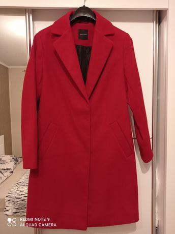 Płaszcz damski czerwony