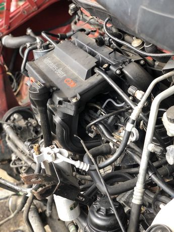 Мотор двигун двигатель Mercedes Вито Vito 638 2.2 CDI ОМ 611