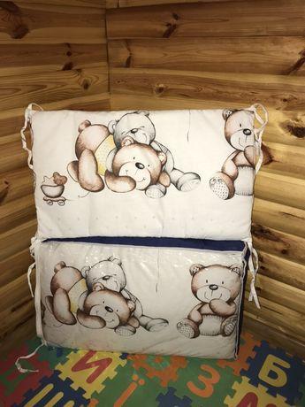 Боковушки/ Защита на кроватку