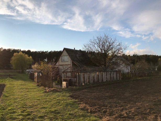 Продам земельну ділянку 7.5 сотих із дачним будинком, село Жабка