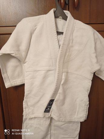 Кимано  для дзюдо 5-6 лет