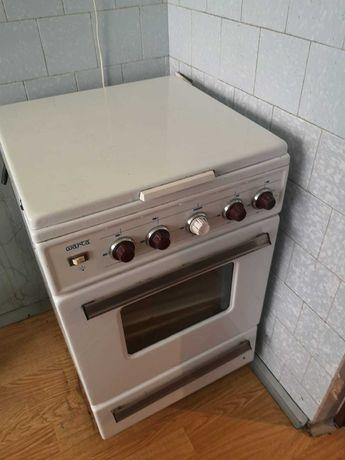 kuchenka gazowa 4 palnikowa z piekarnikiem WARTA