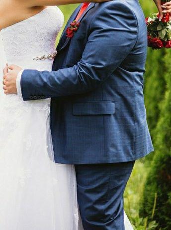 Костюм свадебный мужской размер 54