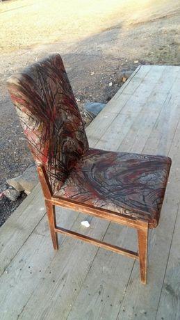 Krzesła do renowacji(2 szt)