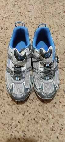 мужские женские кроссовки demix 38 рр, чоловічі жіночі кросівки