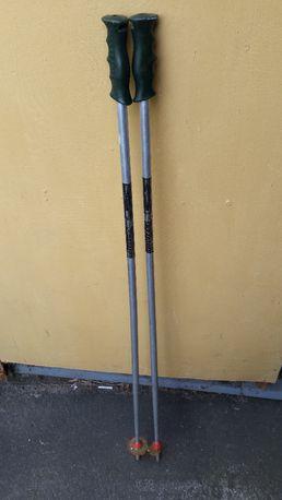 Kijki długość 115cm narciarskie.