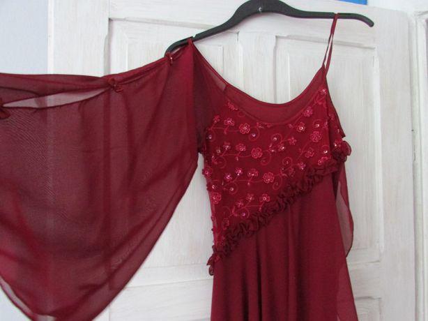 Trzy sukienki w cenie jednej, duże! Od M do L i więcej.