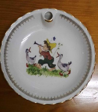 Prato para bebê em porcelana