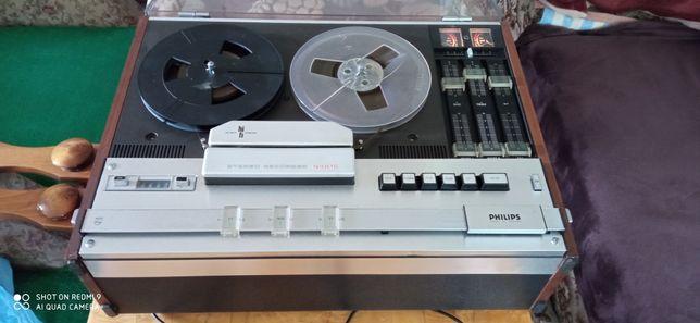 Magnetofon szpulowy Philips N 44 16 HI FI STEREO