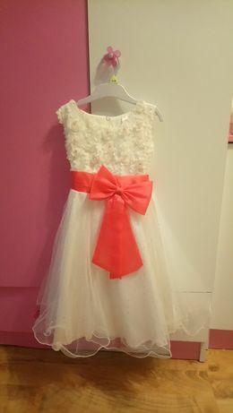 Efektowna sukienka ok 116 cm