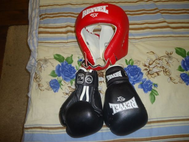 продам шлем и перчатки