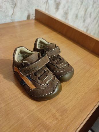 Ботинки туфели на мальчика chicco