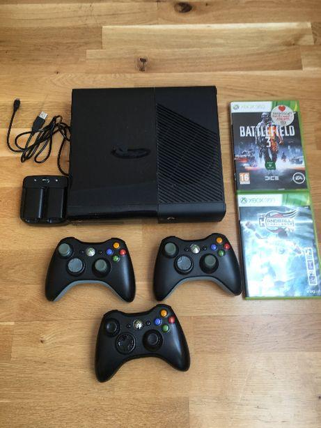 Xbox 360 250 gb Slim 3 Pady//Ładowarka//Dwie Gry plus Gratis