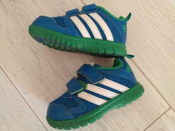 Buty chłopięce adidas,adidasy r 22