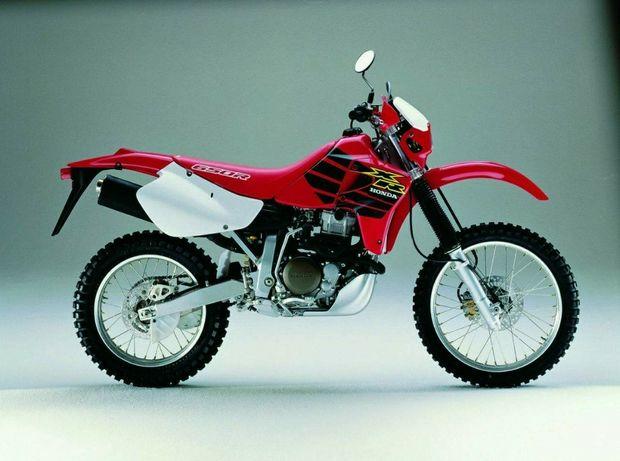 XR 650 R ciclística