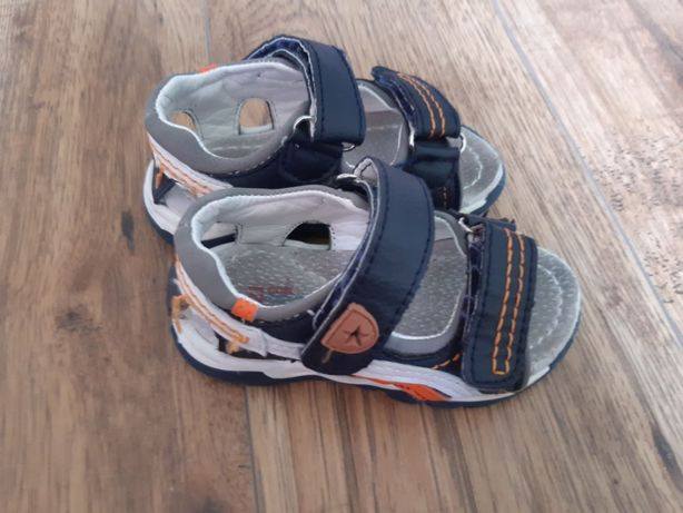 Sandałki cocodrillo używane