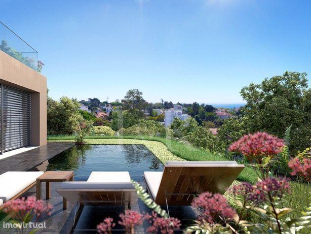 Villa T5 De Luxo Com Piscina, No Estoril