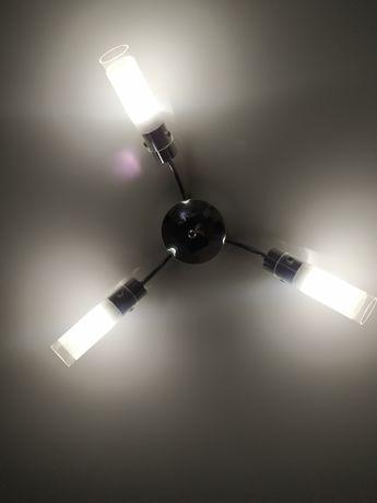 Люстра на 3 лампы