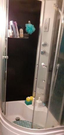 Sprzedam półokrągłą kabinę prysznicową z głębokim brodzikiem