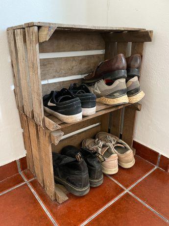 2 caixas de madeira para transporte ou como prateleiras