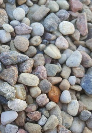 Kamień, kamień ozdobny, żwir, piasek, czarnoziem, torf, gruz