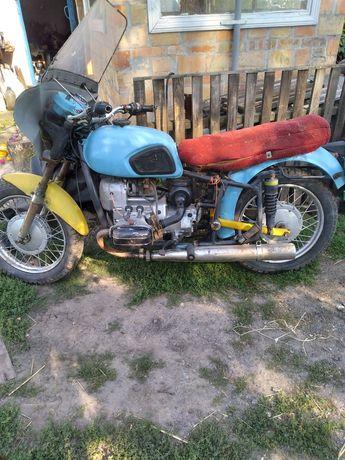 Мотоцикол Днепр 11