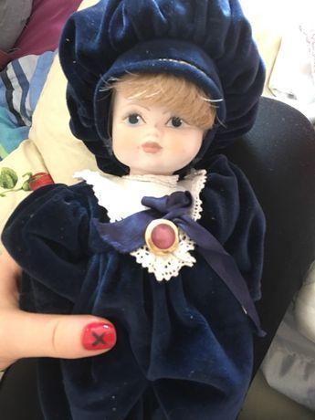 Кукла фарфоровая коллекционная 30 см в отличном состоянии, с Испании