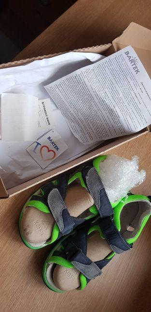 Bartek 37 р сандали