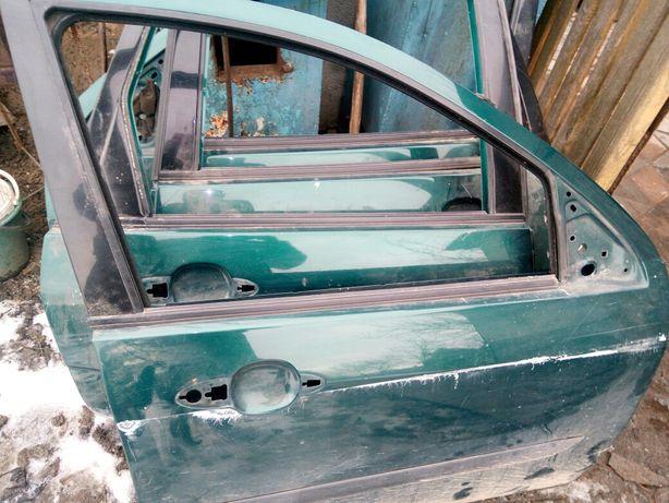 Дверь форд фокус1