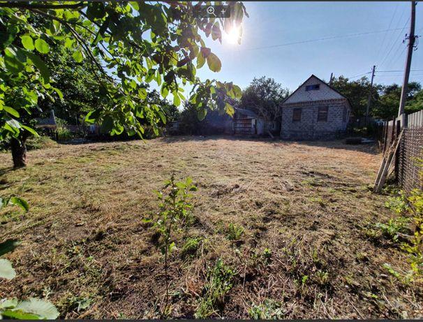 Продам участок с домиком в Приднепровске на Дрогобыческой.