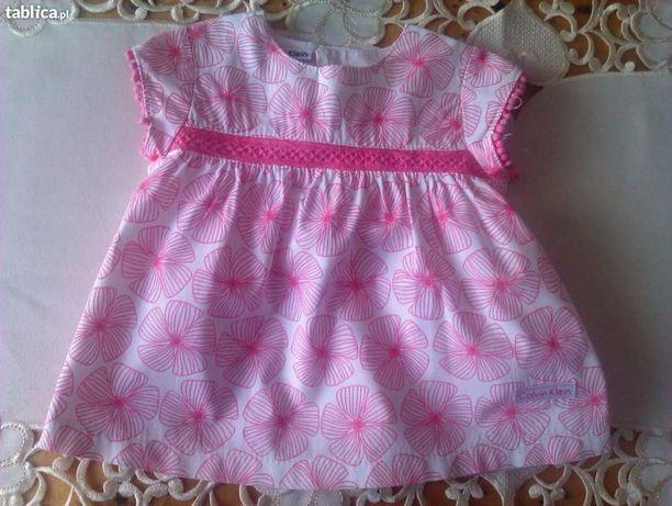 Sukieneczka dla małej dziewczynki Calvin Klein z USA.