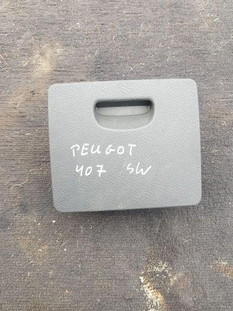 Sprzedam popielniczkę tył do Peugota 407/407 SW