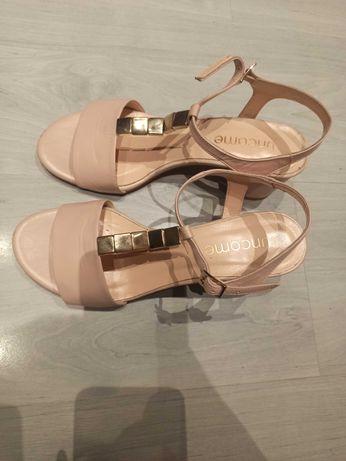 Eleganckie sandały