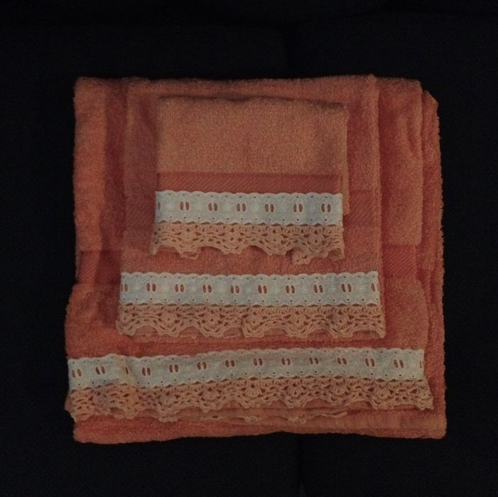 Conjuntos de toalhas de banho novas bordadas à mão