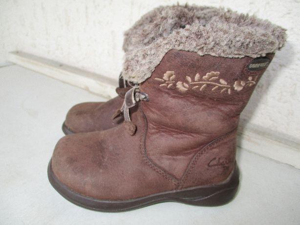 Кожаные сапожки на девочку Clarks