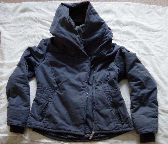 куртка зимняя, темно-синяя, б/у, 48 размер.