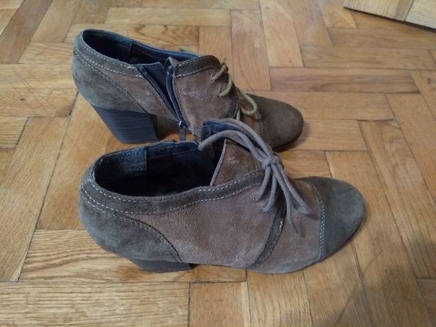 Ботинки осенние 37 размер