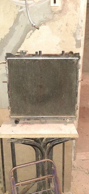 Продам радиатор KIA спотрейдж