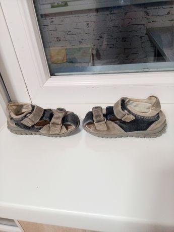 Босоножки на мальчика замшевые, сандалики