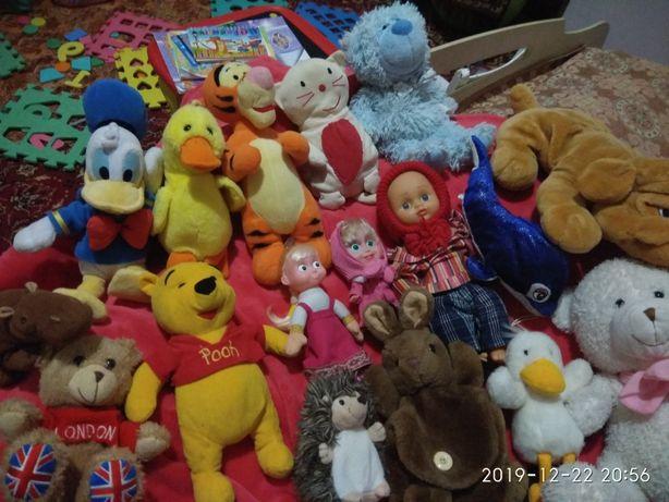 Плюшеві іграшки
