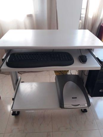 Secretária para computador + calha/organizador de cabos