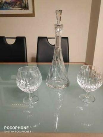 Conjunto de cristal puro com garrafa licor e 2 copos