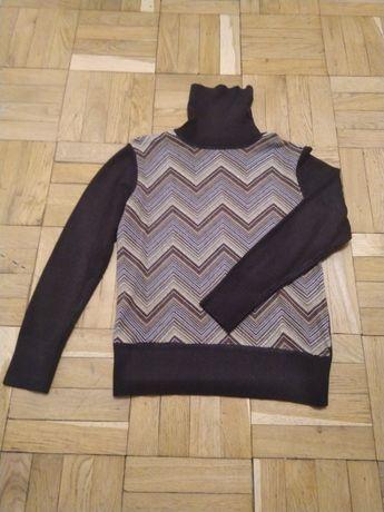 Продам свитер женский коричневый