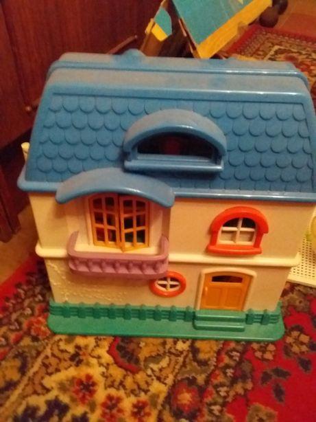 Продам игрушечный домик