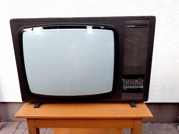Stary telewizor Videoton