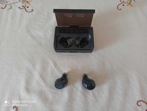 EarPhones Bluetooth 10h música e caixa powerbank