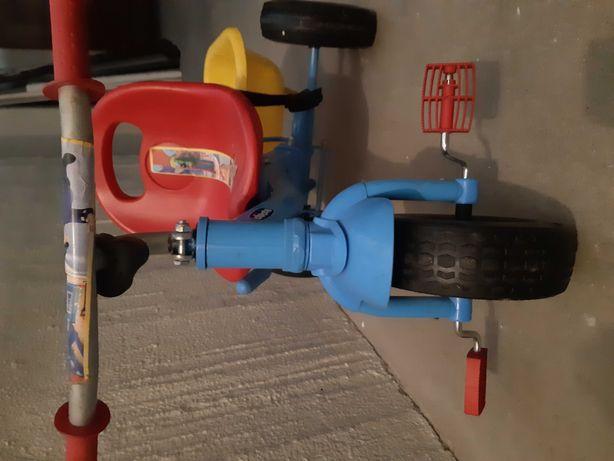 Triciclo de criança/bebé  em azul e vermelho