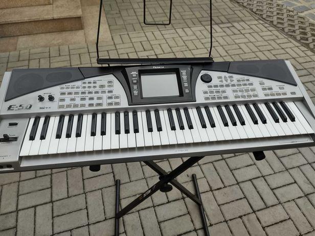 Keyboard Roland E-50
